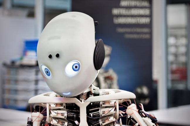 Roboter Roboy am AI-Lab der Uni Zürich